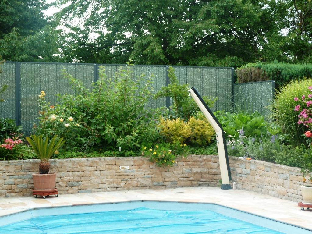 Photos panneaux modulaires gabion pour piscines stonefence - Amenagement bord de piscine ...
